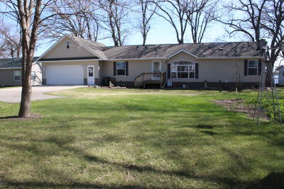 Douglas County Single Family Home For Sale: 22920 Red Rock Shores Drive SW