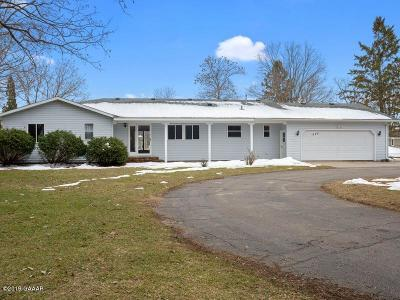 Douglas County Single Family Home Pending: 920 Bay Lane NE