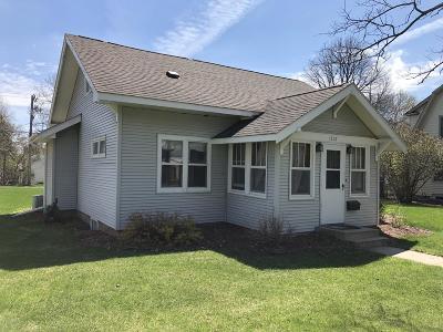 Douglas County Single Family Home For Sale: 1307 Cedar Street