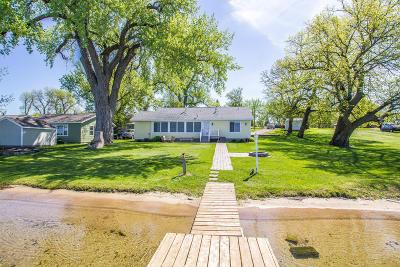 Douglas County Single Family Home For Sale: 11930 Forada Beach Road SE