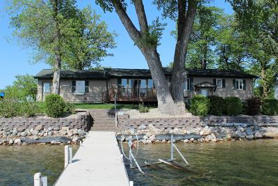 Douglas County Single Family Home For Sale: 222 Carlos Darling Drive NE