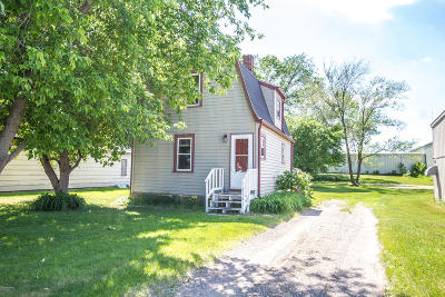 Douglas County Single Family Home For Sale: 316 Quincy Street