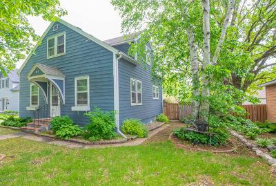 Douglas County Single Family Home For Sale: 415 Jefferson Street