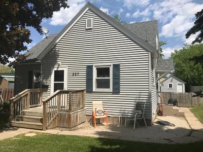 Douglas County Single Family Home For Sale: 307 Irving Street