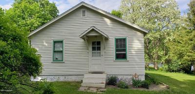 Douglas County Single Family Home For Sale: 193 Carlson Boulevard