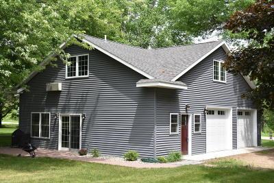 Alexandria Single Family Home For Sale: 1516 E Lake Geneva Road NE