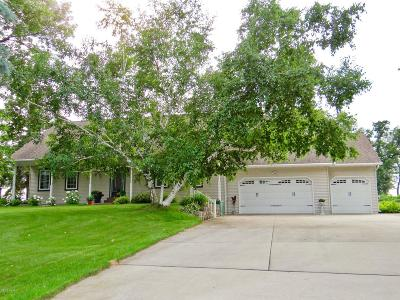 Douglas County Single Family Home For Sale: 2620 County Road 120 NE