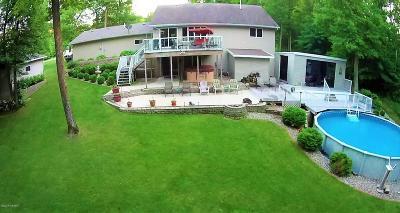 Douglas County Single Family Home For Sale: 957 Carlos Timbers Drive NE