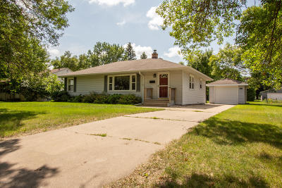 Douglas County Single Family Home Pending: 1520 Cedar Street