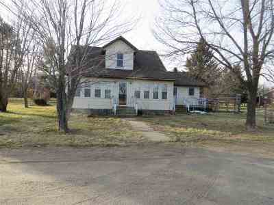 Single Family Home Act-Contingent Inspection: 36718 678th St