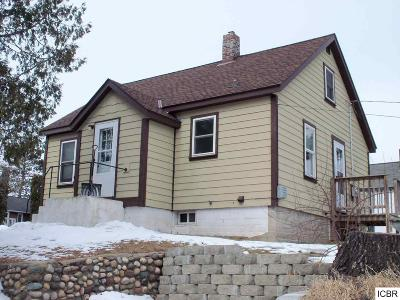 Grand Rapids MN Single Family Home For Sale: $90,000