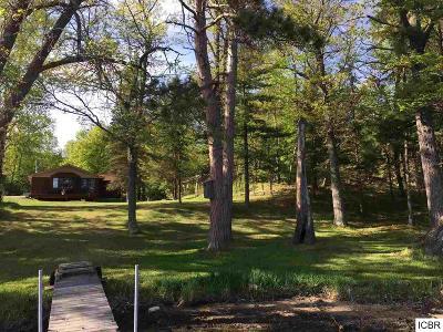 Single Family Home For Sale: 10374 NE Vermillion Point Dr