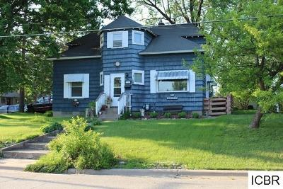 Itasca County Single Family Home For Sale: 701 NE 6th St