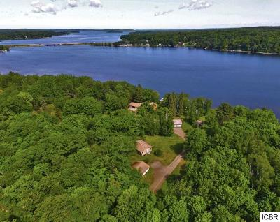 Itasca County Single Family Home For Sale: 32318 Southwood Rd