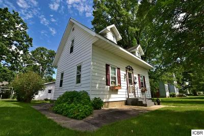Grand Rapids Single Family Home For Sale: 1028 NW 4th Ave