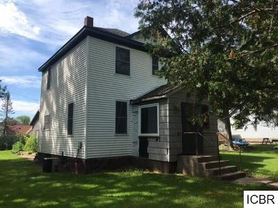 Single Family Home For Sale: 34 Beasley Ave