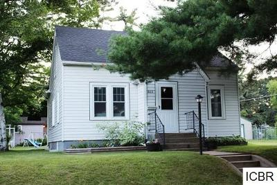 Itasca County Single Family Home For Sale: 806 NW 6th Ave