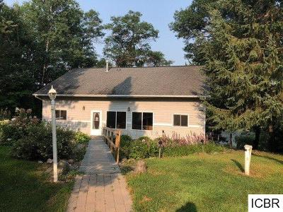 Single Family Home For Sale: 48039 216th Place
