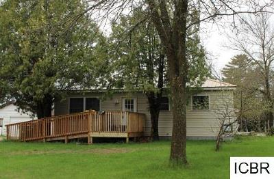 Itasca County Single Family Home For Sale: 909 Clover Ln