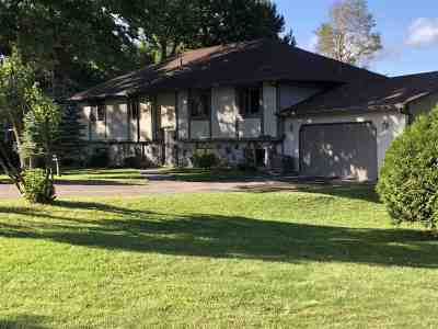 Itasca County Single Family Home For Sale: 33034 Crystal Springs Rd