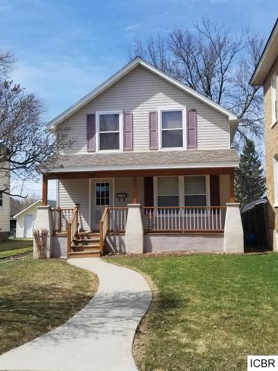 Chisholm, Hibbing Single Family Home For Sale: 1407 E 16th Ave