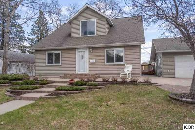 Grand Rapids Single Family Home For Sale: 830 NW 5th Ave