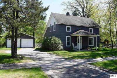 Grand Rapids Single Family Home For Sale: 726 NW 5th Ave
