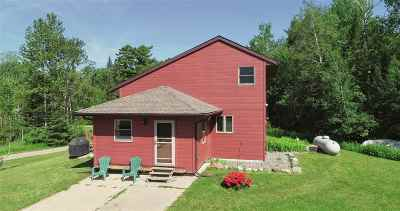 Itasca County Single Family Home For Sale: 49732 Newburg Bay Rd