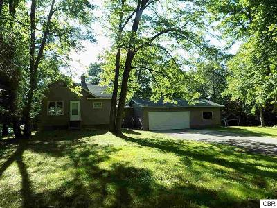 Bovey MN Single Family Home For Sale: $127,900