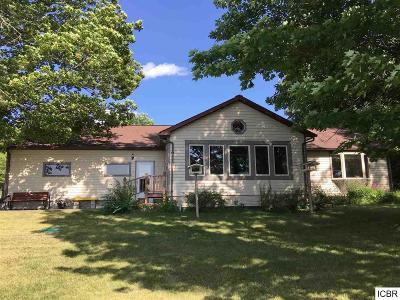 Grand Rapids Single Family Home For Sale: 31789 Macdougal Bay Rd