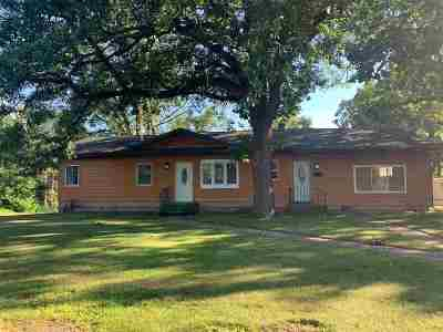 Itasca County Single Family Home For Sale: 520 Canal St