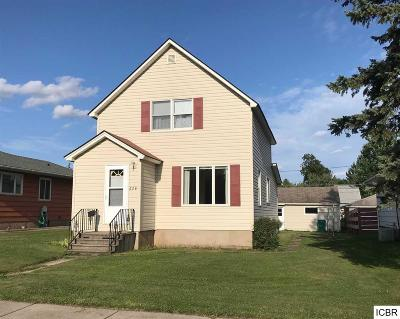 Itasca County Single Family Home For Sale: 624 2nd St