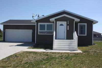 Perham Single Family Home For Sale: 821 9th NW