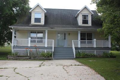 Lake Residential For Sale: 43368 N Boedigheimer Dr.