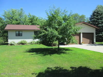Perham Single Family Home For Sale: 837 5th Ave. SW