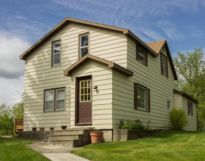 Detroit Lakes Single Family Home For Sale: 24015 Mill Pond Dr.