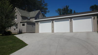 Pelican Rapids Single Family Home For Sale: 200 SE 5th Ave.
