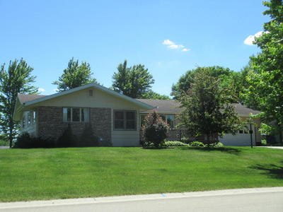 Pelican Rapids Single Family Home For Sale: 404 8th Ave. SE