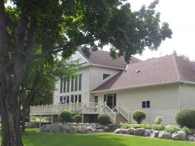 Lake Residential For Sale: 46290 Poss Beach Rd.