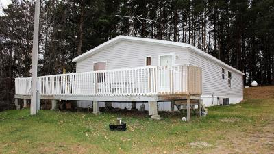 Lake Park Single Family Home For Sale: 14680 Shoreline Lane
