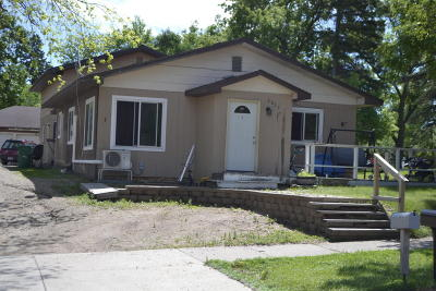 Lake Park Multi Family Home For Sale: 2057 2nd Street