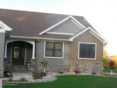 Lake Park Single Family Home For Sale: 17111 Sayler's Beach Road