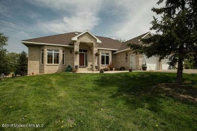 Single Family Home For Sale: 26300 200 Street