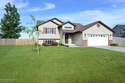 Glyndon Single Family Home For Sale: 1219 Magnolia Court