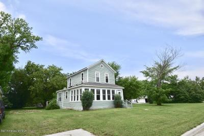 Lake Park Single Family Home For Sale: 3024 3rd Street