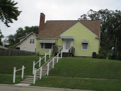 Pelican Rapids Single Family Home For Sale: 107 2nd St SE