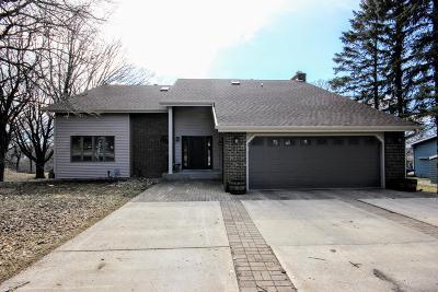 Single Family Home For Sale: 22115 River Oaks Drive