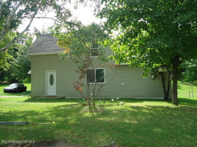 Pelican Rapids Single Family Home For Sale: 610 2nd Ave SE
