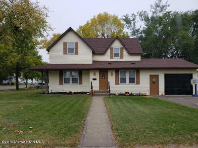 Perham Single Family Home For Sale: 158 4th Avenue SW