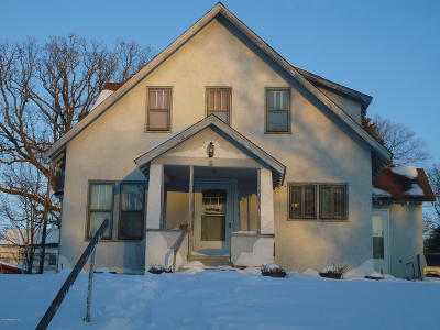 Pelican Rapids Single Family Home For Sale: 111 2nd Street SE